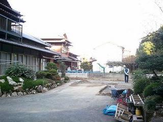 2011-10-31 14.49.40-v300.jpg